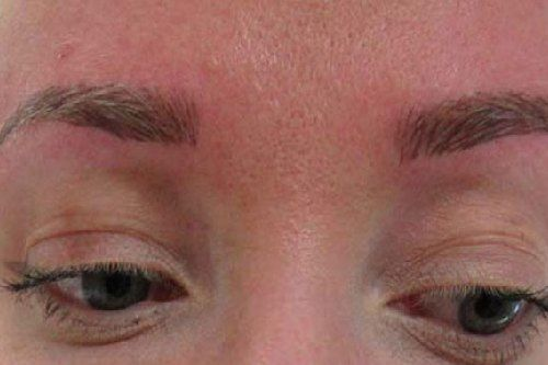 Enhance your Eyebrows with Microblading Services